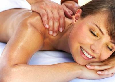 KIT-woman-massage